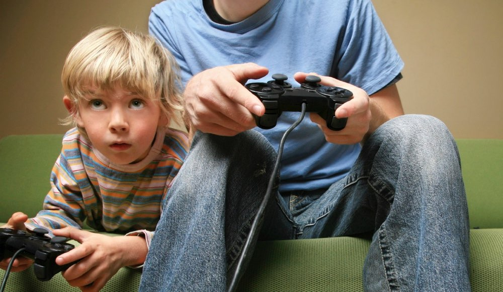 kids-playing-video-games2